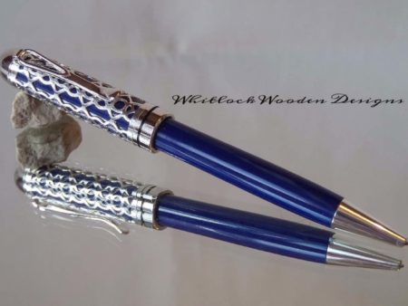 Blue Lattice Pen