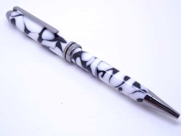 Euro Black And White Pen