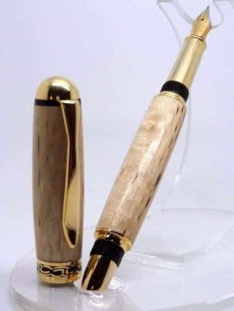 Chatsworth Fountain Pen with Masur Birch Wood On Stand