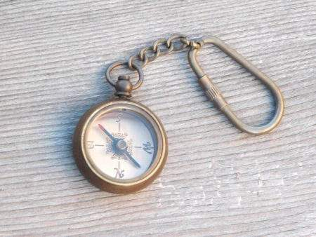 key chain with Compass