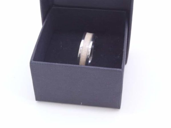 Holly Wood Ring With Gift Box