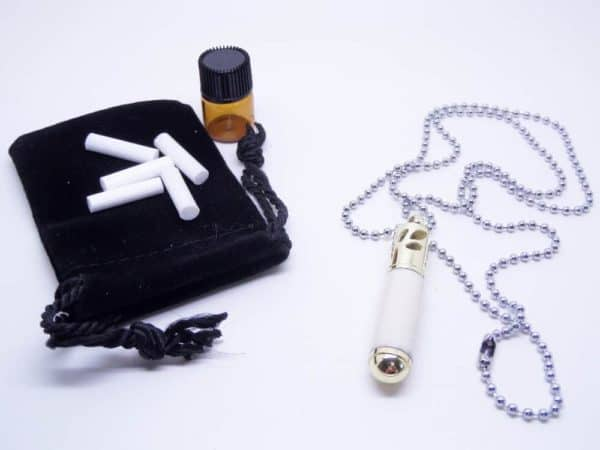 Essential Oil Ivory Necklace Diffuser With Accessories
